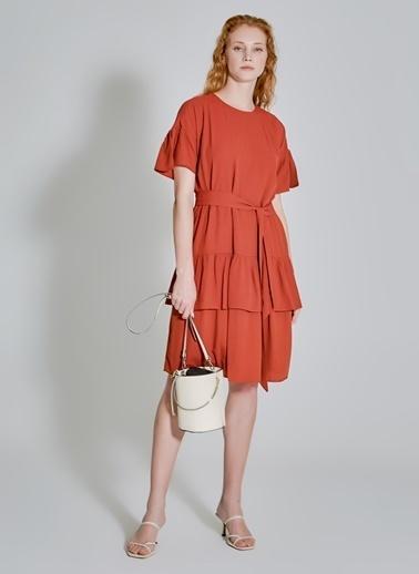 People By Fabrika Bağlama Detaylı Volanlı Elbise Kiremit